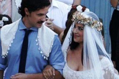 Γάμος Μαρίας Τζομπανάκη στο πλευρό του Ορφέα Αυγουστίδη: Εντυπωσιακό νυφικό [φωτο]