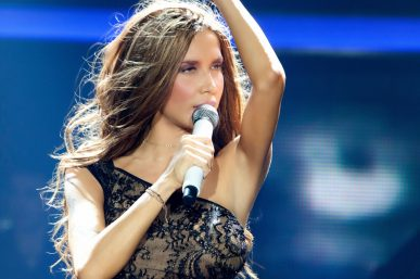 Ξενέρωσε με το κοινό η Πάολα στην Πρεμιέρα: «Δεν γουστάρω καθόλου». Κάγκελο οι θεατές [vid]