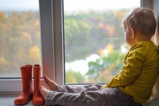 Ήρθε επιτέλους ο χειμώνας: Τα τρία απαραίτητα παιδικά παπούτσια