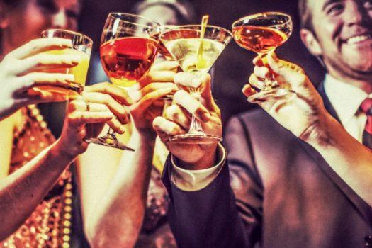 After οffice drinking: 7 bars για την μόδα που έγινε τρόπος ζωής
