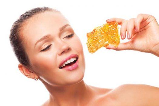 Μέλι: 4 σπιτικές συνταγές για όλες τις επιδερμίδες! Τόλμησε το