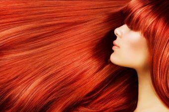 Μεταξένια μαλλιά: 7+1 σπιτικές συνταγές για να τα ενυδατώσεις