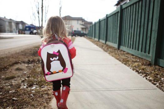 Κουβεντιάζοντας με ένα νήπιο μετά το σχολείο: Τι δεν πρέπει να κάνετε