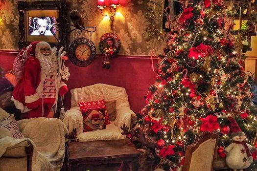 Έξι παραμυθένια café στην Αθήνα για τέλειο χριστουγεννιάτικο καφεδάκι