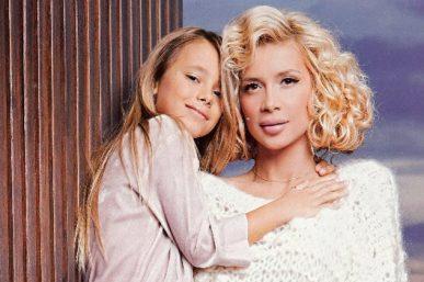 Πάολα: Δείτε την πανέμορφη κόρη της, Παολίνα στα μπουζούκια. Πόσο μεγάλωσε