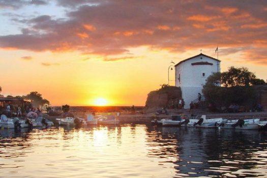 Ποιο μικρό ψαροχώρι της Ελλάδας είναι ο top τουριστικός προορισμός στον κόσμο για το 2017