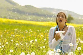 Έχεις αλλεργίες την άνοιξη; Μην κάνεις αυτό το σοβαρό λάθος