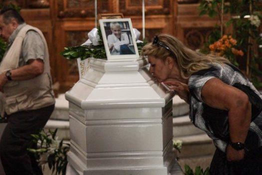 Κηδεία Ζωής Λάσκαρη: Δείτε το σημείο που θα ταφεί η αγαπημένη ηθοποιός [φωτο]