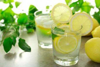 Προσοχή: Νερό με λεμόνι για αδυνάτισμα. Ποιες οι ύπουλες παρενέργειες