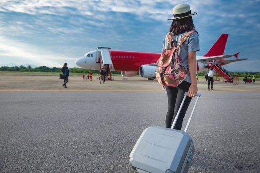 Απίστευτη έρευνα: Γιατί κάνετε κακό στην υγεία σας όταν μπαίνετε πρώτοι στο αεροπλάνο
