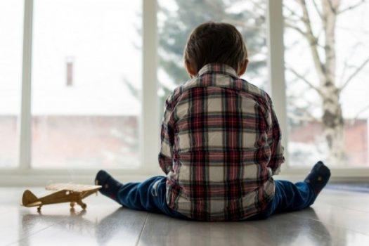 Πώς να αναγνωρίσετε τα πρώτα σημάδια του αυτισμού στο παιδί σας