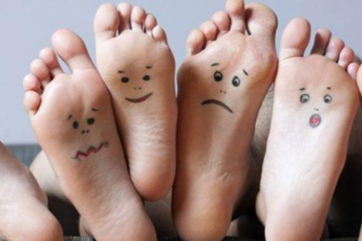 Σύνδρομο ανήσυχων ποδιών: Δείτε γιατί κουνάτε ή τρίβετε τα πόδια σας πριν κοιμηθείτε