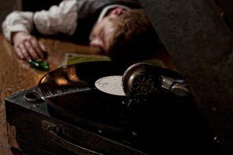 Τρόμος: Ποιο τραγούδι συνδέεται με 200 αυτοκτονίες [video]