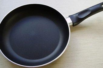 Προσοχή: Πετάξτε τα τηγάνια σας που αναγράφουν την ένδειξη… Κίνδυνος για υγεία