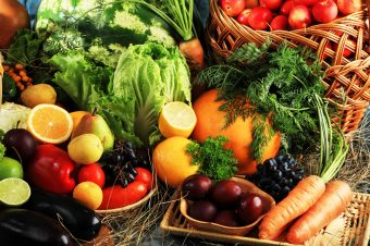 Προσοχή: Ποια τα 5 καθημερινά φρούτα και λαχανικά που περιέχουν δηλητήριο