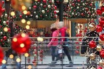 a459ef9564a Εορταστικό ωράριο Χριστούγεννα 2018: Πότε ξεκινάει, ποια αλλαγή στις ώρες  καταστημάτων
